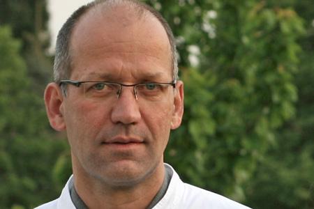 Prof. Dr. med. Martin Bek
